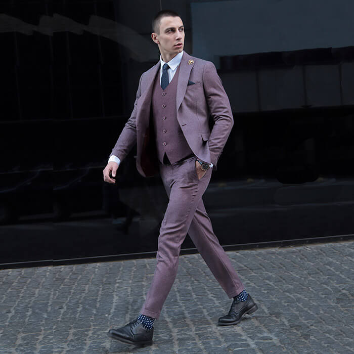Men's pink three-piece suit